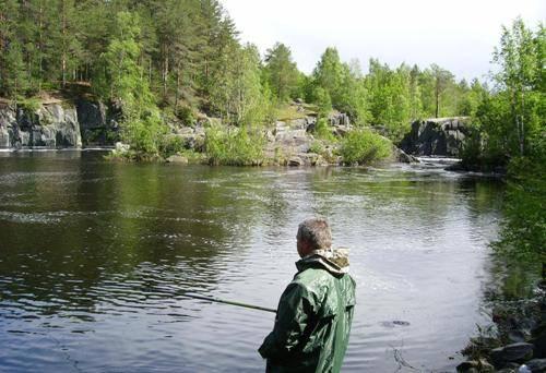 Спиннинг рыбалка в Карелии